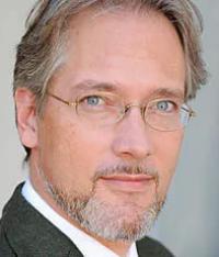 Dr. Bernhard Sterchi
