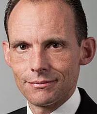 Dr. Martin Frey